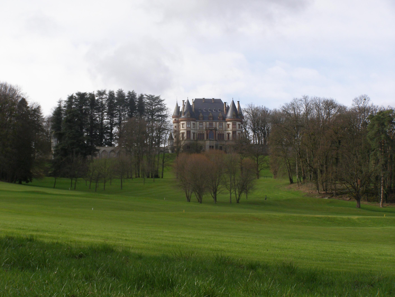 Vue sur le Château de Bournel
